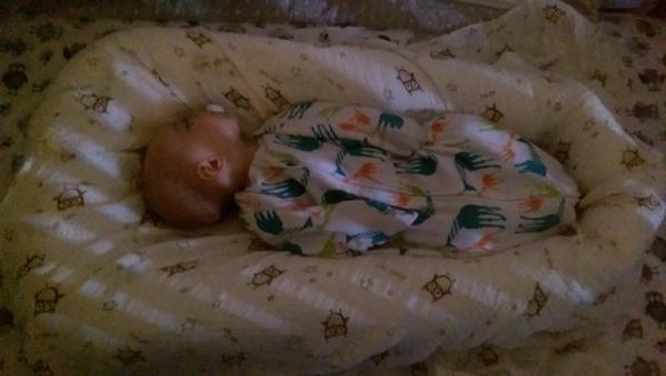 Aiden-sleeping-bedtime-routine-babycastanonboard.com